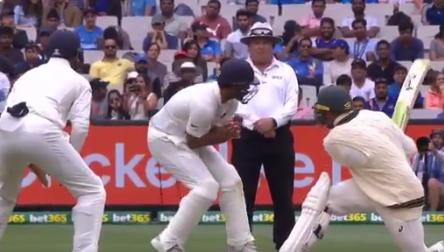 वीडियो : भारतीय टीम के लिए आई बुरी खबर, टीम का महत्वपूर्ण खिलाड़ी फील्डिंग के दौरान हुआ चोटिल 1