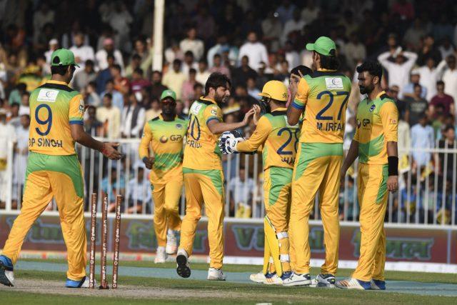 टी-10 क्रिकेट लीग: शाहिद अफरीदी के तूफानी प्रदर्शन के दम पर पख्तून की टीम फाइनल में 1