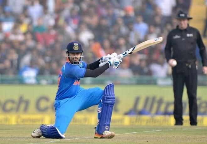 भारतीय टीम में एक बार फिर से जगह नहीं मिलने से निराश हुए श्रेयस अय्यर, ऐसे निकाला गुस्सा 1