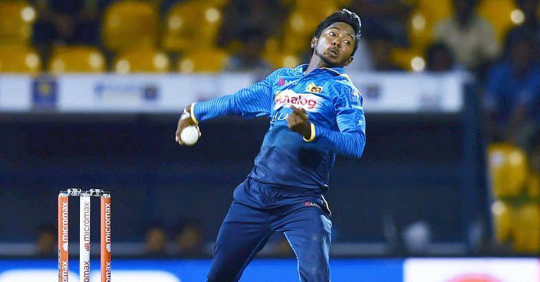 संदिग्ध गेंदबाजी के लिए निलंबित हुए श्रीलंकाई गेंदबाज धनंजय