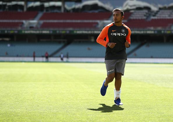 INJURY UPDATE : पर्थ टेस्ट से बाहर हुए पृथ्वी शॉ, केएल राहुल और मुरली विजय का खेलना तय