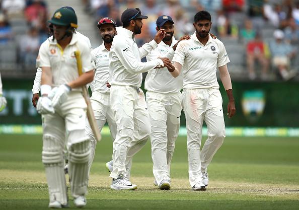 वीडियो: ऐसे ही दुनिया के सर्वश्रेष्ठ गेंदबाज नहीं हैं जसप्रीत बुमराह, हैरिस का विकेट लेने के लिए डाली ऐसी गेंद जिसकी स्विंग देख भौचक्का रह गया ऑस्ट्रेलिया 1
