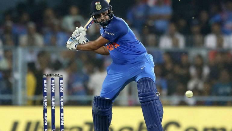 भारतीय टीम के बल्लेबाज विराट कोहली को ये तीन बल्लेबाज कर सकते हैं वनडे क्रिकेट की नंबर वन रैंकिंग से बेदखल 4