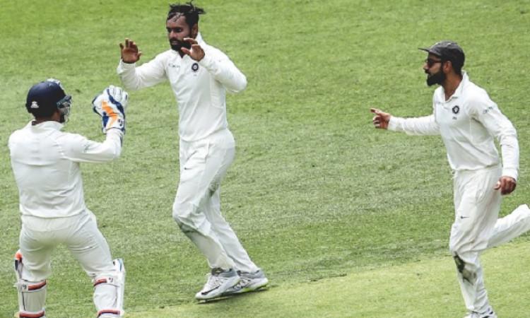 AUSvsIND- पर्थ टेस्ट में अपनी गेंदबाजी से प्रभावित करने वाले हनुमा विहारी ने भारतीय बल्लेबाजों को दी ये सलाह 2