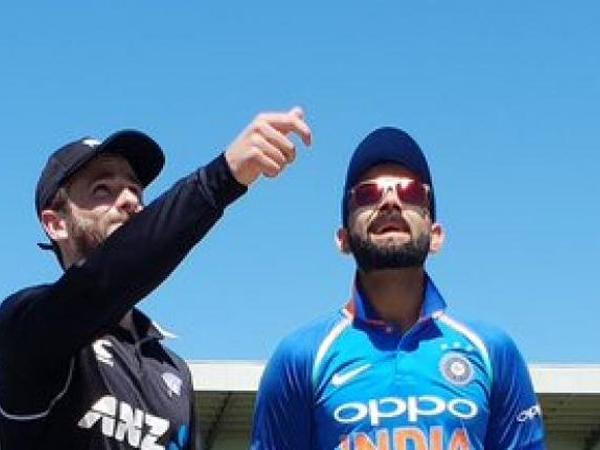 NZvsIND-  दूसरे वनडे मैच में धोनी की इस 9 साल की फैन को मिला टॉस करवाने का मौका, जानिए आखिर क्या हैं पूरा माजरा 2