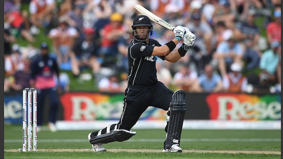 भारतीय टीम के बल्लेबाज विराट कोहली को ये तीन बल्लेबाज कर सकते हैं वनडे क्रिकेट की नंबर वन रैंकिंग से बेदखल 3