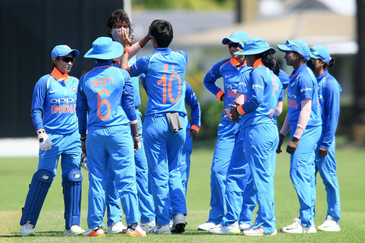 महिला क्रिकेट : भारत ने न्यूजीलैंड को 192 रनों पर किया ढेर