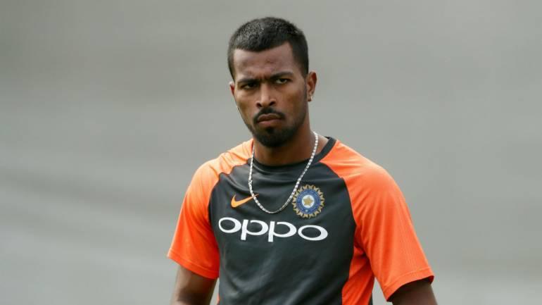 हार्दिक पंड्या और केएल राहुल पर प्रतिबंध लगने से, सीरीज से पहले ऐसे मुश्किल में पड़ी 'भारतीय टीम'! 4