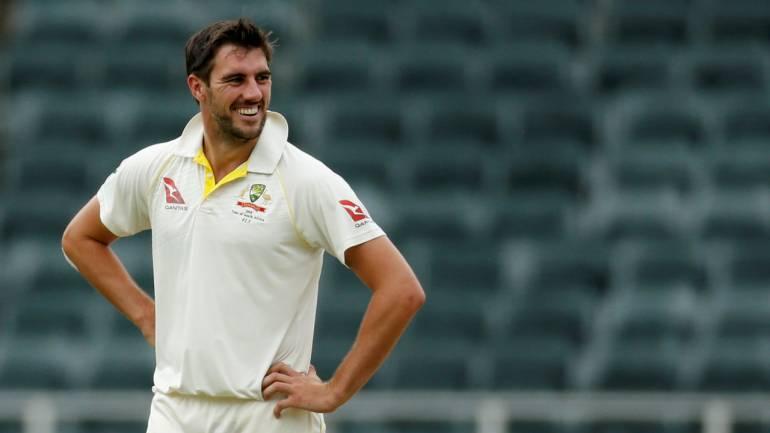 वीडियो:  84.3 ओवर में मोहम्मद शमी की इस आग उगलती गेंद पर चारो खाने चित हुए पैट कमिंस 2