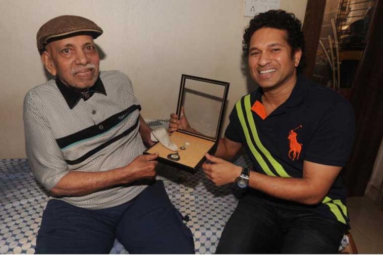 क्रिकेट जगत में शोक की लहर सचिन तेंदुलकर को क्रिकेट का ABCD सिखाने वाले कोच आचरेकर का निधन 3