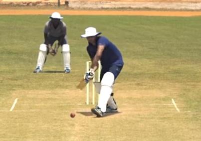 वीडियो: क्या होती है आउट स्विंग गेंदबाजी? जाने कैसे कर सकते हैं आसानी से ये गेंद 3