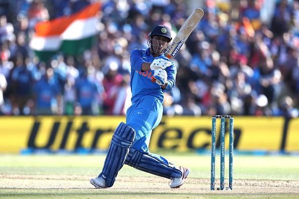 2011 विश्वकप जीतने वाले 15 सदस्यीय टीम के धोनी और विराट हैं टीम इंडिया का हिस्सा, जाने कहाँ है बाकी के 13 खिलाड़ी 1