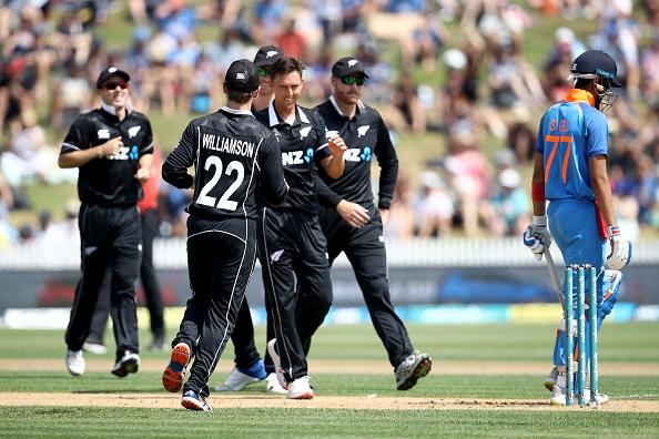 वीडियो: ट्रेंट बोल्ट ने एक के बाद एक 5 भारतीय बल्लेबाजों को भेजा पवेलियन, देखने लायक था भारतीय कप्तान का रिएक्शन 2