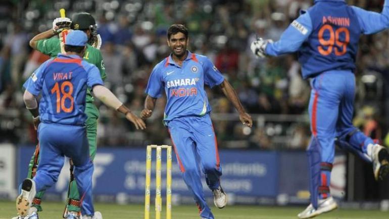 2011 विश्वकप जीतने वाले 15 सदस्यीय टीम के धोनी और विराट हैं टीम इंडिया का हिस्सा, जाने कहाँ है बाकी के 13 खिलाड़ी 6