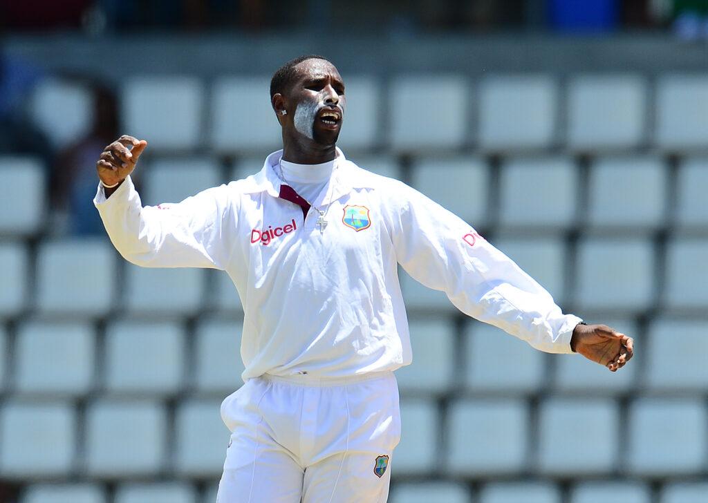 संदिग्ध गेंदबाजी एक्शन की वजह से सस्पेंड हुआ वेस्टइंडीज का यह गेंदबाज 3