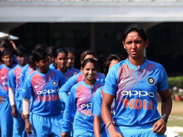 आईसीसी महिला टी-20 विश्व कप : शेफाली वर्मा की तूफानी पारी के दम पर भारत ने बांग्लादेश को दिया 143 रन का लक्ष्य 2