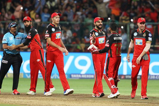 आईपीएल 2019: ये हैं वो 4 कारण जिसकी वजह से इस बार आईपीएल का पहला ख़िताब जीत सकते हैं विराट कोहली