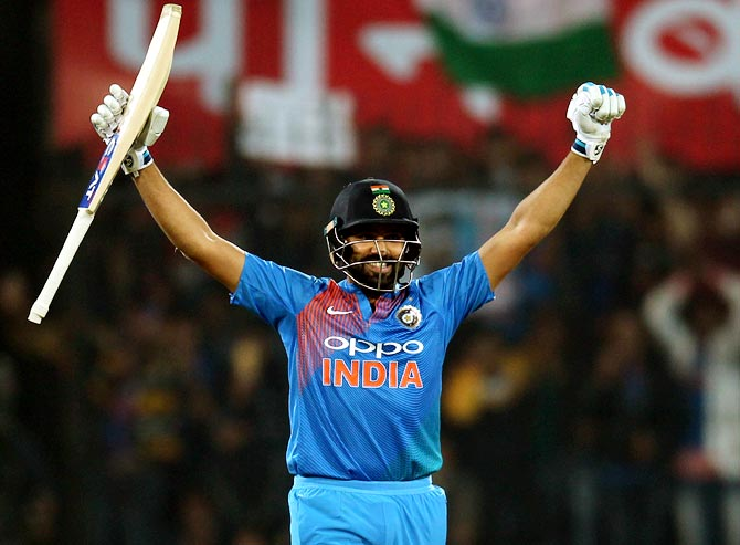 रोहित शर्मा की 264 रनो की सर्वोच्च पारी का रिकॉर्ड टूटा, यह खिलाड़ी निकला आगे