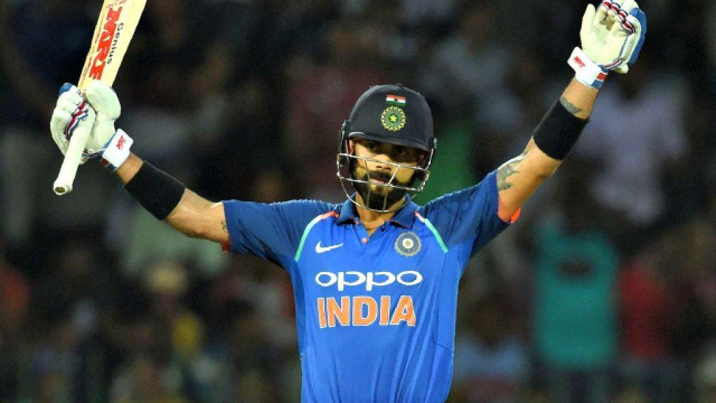अजित आगरकर ने अब रवि शास्त्री के फैसले पर उठाया सवाल, इस खिलाड़ी के बल्लेबाजी क्रम बदलने पर भड़के 3