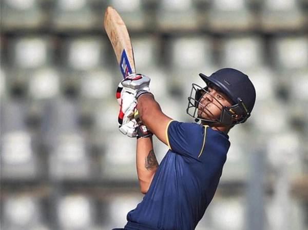 ईशान किशन ने लगातार दो टी-20 मैच में बनाए शतक, ये 7 बल्लेबाज पहले ही कर चुके हैं ऐसा कारनामा