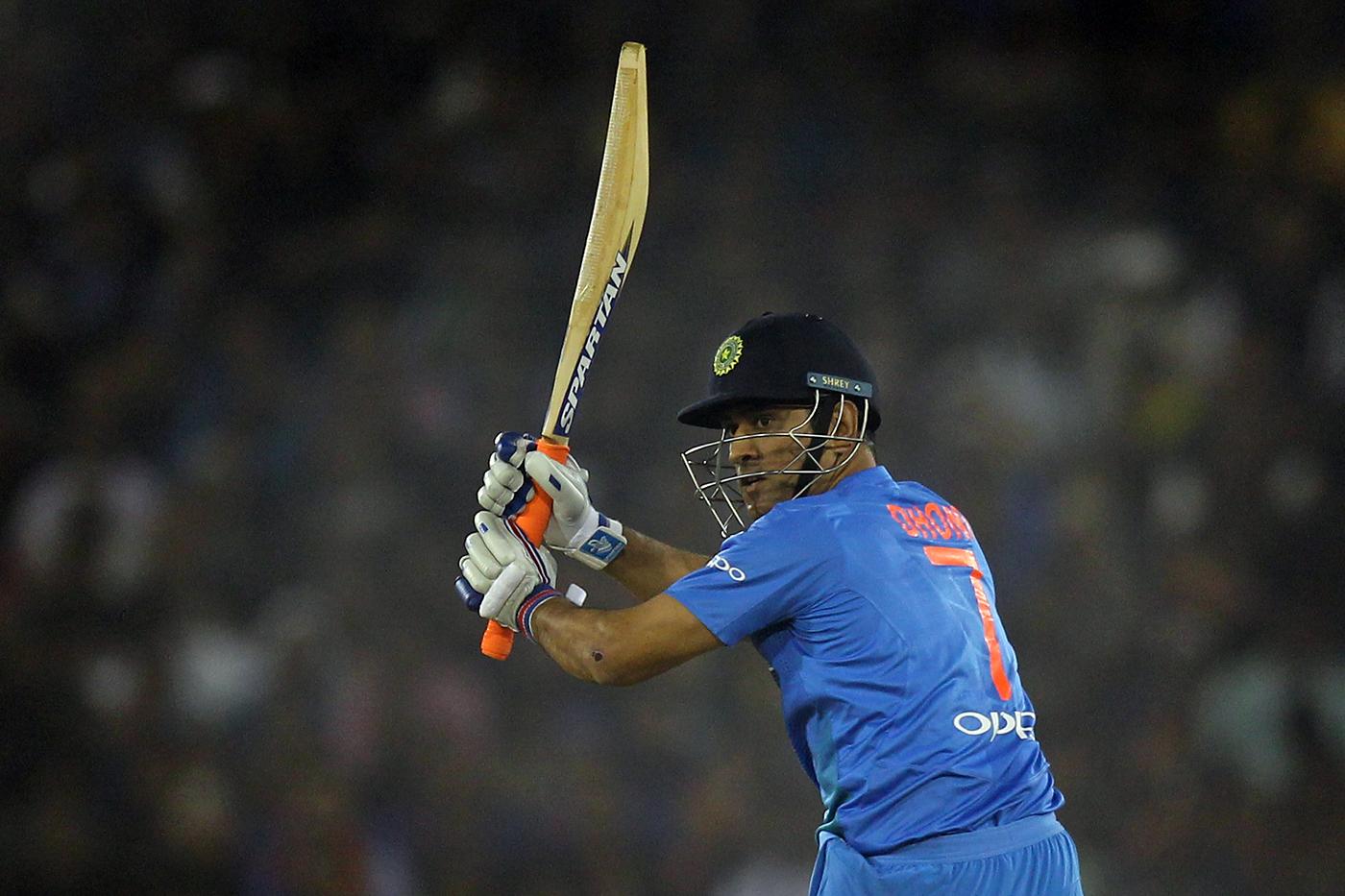 महेंद्र सिंह धोनी में अभी बहुत क्रिकेट बाकी है: आईपीएल चेयरमैन 1
