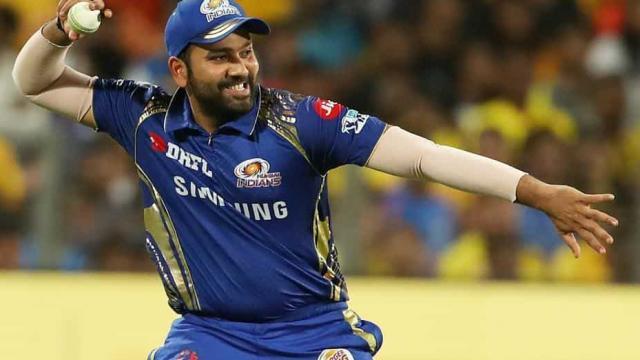 IPL 2019: दिल्ली कैपिटल्स के विरुद्ध मैदान पर उतरते ही रोहित शर्मा के नाम दर्ज हो जाएगा ये विश्व रिकॉर्ड, बनेंगें तीसरे खिलाड़ी 3