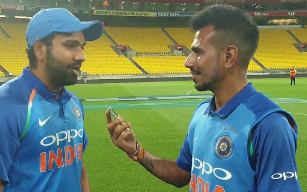 चहल टीवी पर रोहित शर्मा ने रायडू और शंकर की तारीफ की, तो सरेआम बनाया इस खिलाड़ी का मजाक 32