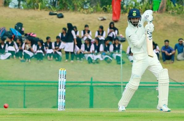 IND A vs ENG Lions: पहले दिन शतक से चूके केएल राहुल, मजबूत स्थिति में इंडिया ए 27
