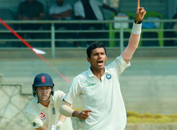 IND A vs ENG Lions, दूसरा अनऑफिशियल टेस्ट: मैच के दूसरे ही दिन इंडिया ए की पकड़ मजबूत, भारतीय गेंदबाजों के सामने अंग्रेज हुए बेबस 18
