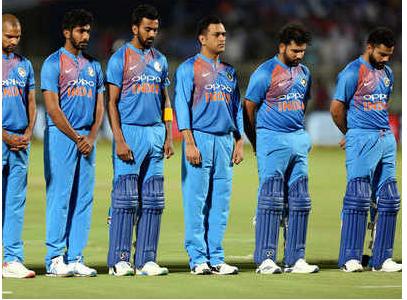 भारत-ऑस्ट्रेलिया मैच के दौरान भारत ने रखा पुलवामा में हुए शहीदों के लिए 2 मिनट का मौन, तो ऑस्ट्रेलिया ने किया कुछ ऐसा जीत लिया सभी का दिल