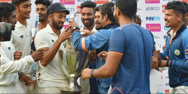 41 साल की उम्र में भी नहीं थम रहा इस भारतीय खिलाड़ी का बल्ला, विदर्भा की जीत के साथ ही जुड़ा ये रिकॉर्ड 2