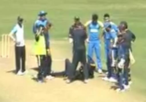 वीडियो : भारतीय टीम के इस खिलाड़ी के चेहरें पर लगी गेंद, दर्दनाक हादसे के बाद अस्पताल में भर्ती 4