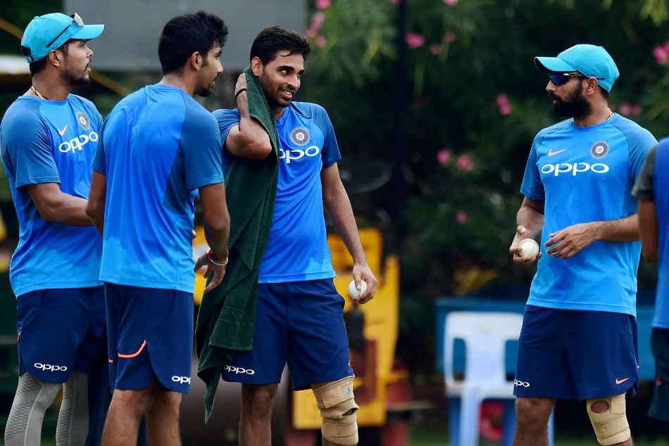 पूर्व तेज गेंदबाज आशीष नेहरा ने विश्वकप में चौथे तेज गेंदबाज के लिए सुझाया नाम, उमेश यादव या खलील अहमद, जाने कौन? 1