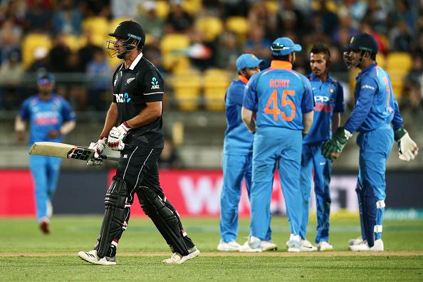 INDvsNZ : STATS : पांचवे वनडे मैच में बने कुल 9 रिकॉर्ड, सीरीज जीत के बाद रोहित शर्मा के नाम जुड़ा ये शर्मनाक रिकॉर्ड