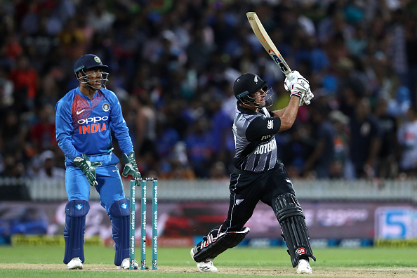 INDvsNZ: भारतीय टीम की हार के बाद हार्दिक को बाहर कर इस खिलाड़ी को टीम में शामिल करने की उठी मांग 1