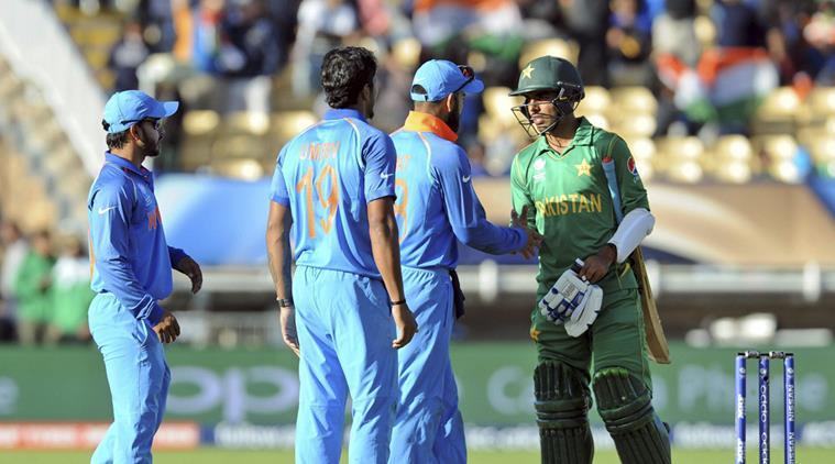 भारत-पाकिस्तान विश्व कप मैच में छाये हुए है संकट के बादल, लेकिन टिकट के लिए आ चुके 4 लाख आवेदन 3