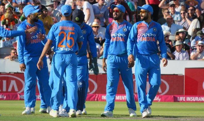 ऑस्ट्रेलिया के खिलाफ ये 4 भारतीय खिलाड़ी पानी पिलाते ही आएंगे नजर, प्लेइंग इलेवन में जगह मिलना मुश्किल 26