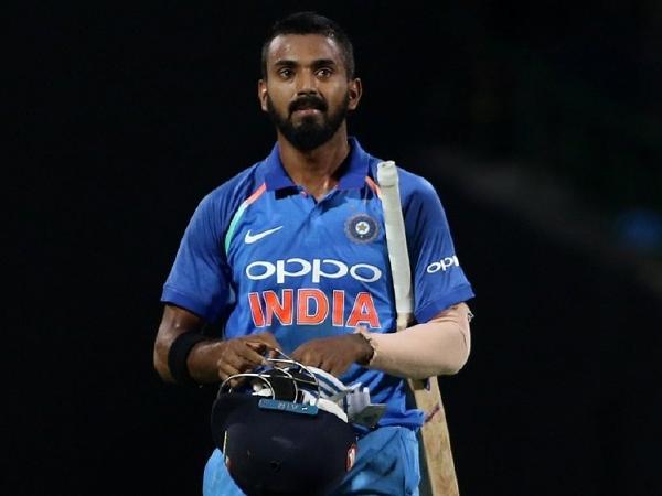 सौरव गांगुली ने चुनी विश्वकप 2019 के लिए भारतीय टीम, सभी को चौंकाते हुए इस खिलाड़ी को दी टीम में जगह 4