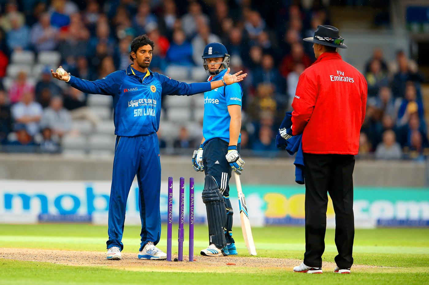 5 मौके जब गेंदबाज ने मांकडिंग कर अपनी टीम को जीताया मैच, टॉप पर हैं भारतीय विश्वविजेता कप्तान 5