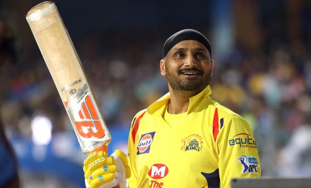 IPL 2019: CSKvsRCB: रॉयल चैलेंजर्स बैंगलोर के खिलाफ पहले मैच में इन 11 खिलाड़ियों के साथ उतर सकती है चेन्नई सुपर किंग्स 10