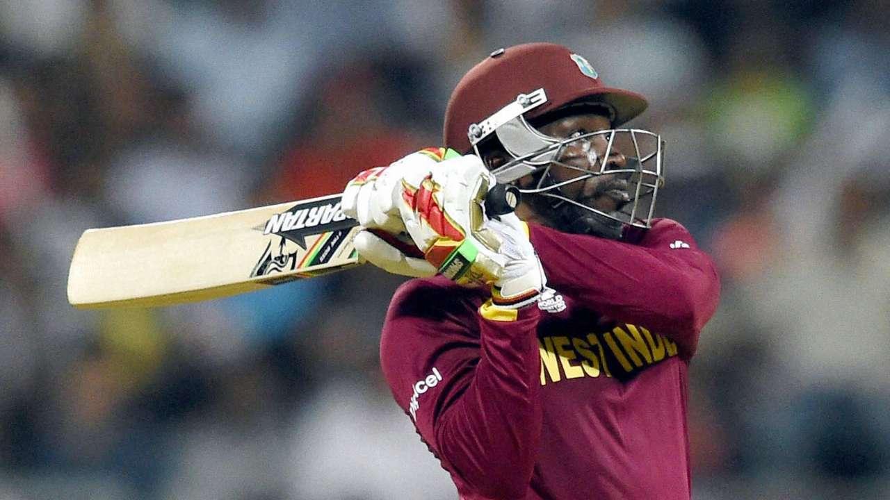 मौजूदा समय में पावर प्ले के पांच सबसे खतरनाक बल्लेबाज जिनसे गेंदबाज खाते हैं खौफ 16