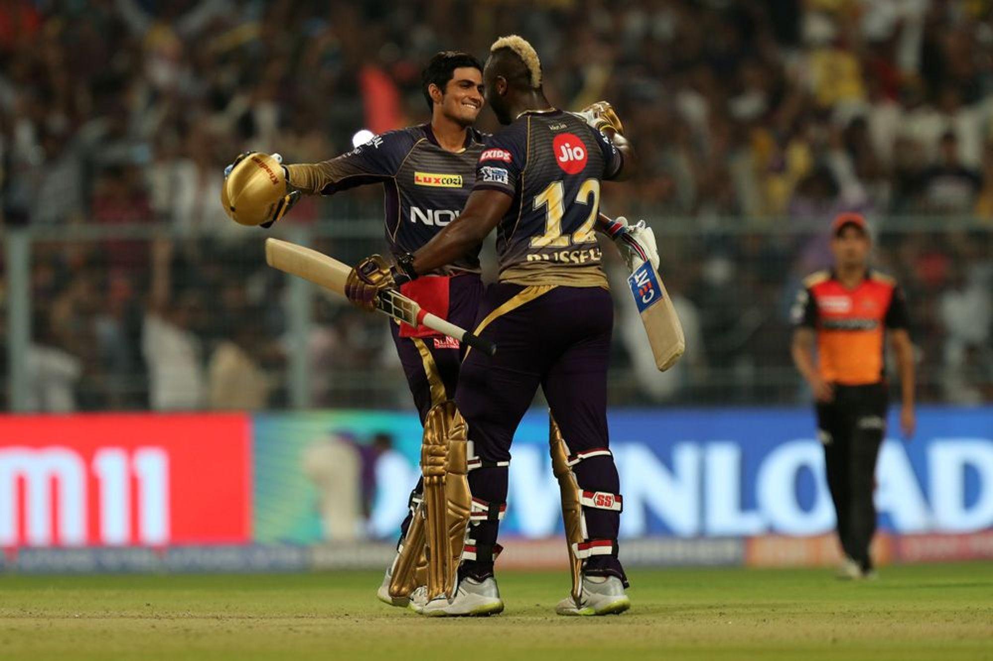 KKRvsSRH: मैच के अंतिम ओवर में दो छक्के जड़कर सोशल मीडिया पर छाए शुभमन गिल, लोगों ने कही ये बात 5