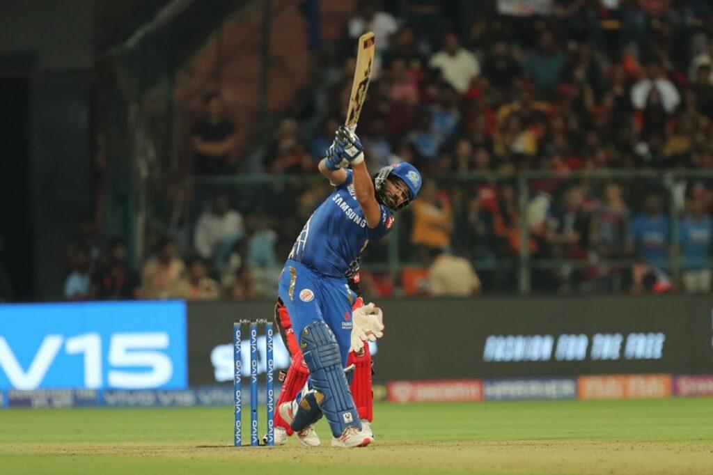 WATCH: नवदीप सैनी ने अपने आईपीएल करियर का सबसे बेहतरीन कैच लेकर क्रुनाल पांड्या को भेजा पवेलियन 2
