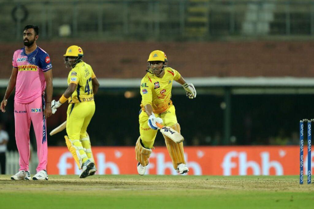 CSKvsRR : धोनी की तूफानी पारी से 8 रन के अंतर से जीता चेन्नई सुपर किंग्स, रहाणे की यह गलती टीम को पड़ी भारी 2