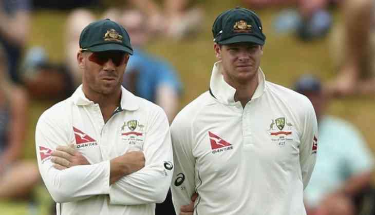 बॉल टेम्परिंग विवाद में नाम आने के बाद लीड्स टेस्ट में कुछ ऐसे गेंदबाजों की मदद करते पकड़े गये डेविड वार्नर, वीडियो वायरल 2