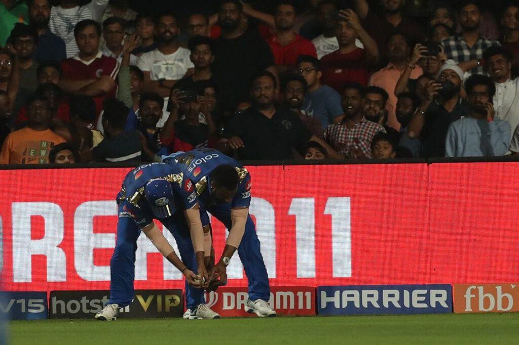 WATCH: अंपायर हैं रॉयल चैलेंजर्स बेंगलुरु के हार के जिम्मेदार, आखिरी गेंद थी नो बॉल 1