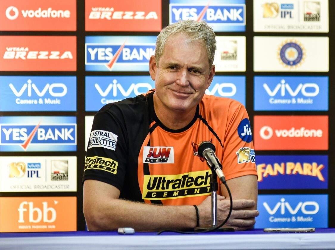 सनराइजर्स हैदराबाद के कोच टॉम मूडी ने बताया दूसरे मैच में भुवनेश्वर और विलियमसन में कौन होगा टीम का कप्तान 37