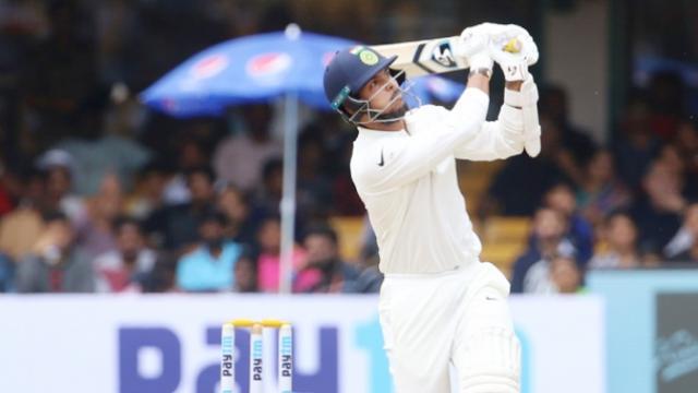 5 खास टेस्ट रिकॉर्ड जो गेंदबाजों ने बल्लेबाजी करते हुए दर्ज किए हैं अपने नाम 1