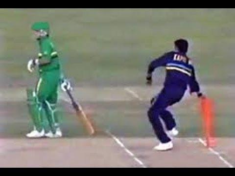 5 मौके जब गेंदबाज ने मांकडिंग कर अपनी टीम को जीताया मैच, टॉप पर हैं भारतीय विश्वविजेता कप्तान 6