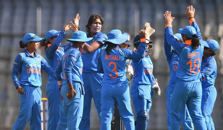 महिला क्रिकेट : इंग्लैंड के हाथों क्लीन स्वीप से बचना चाहेगा भारत (प्रीव्यू)